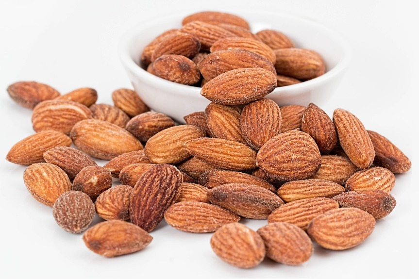 almonds-healthy_snacks